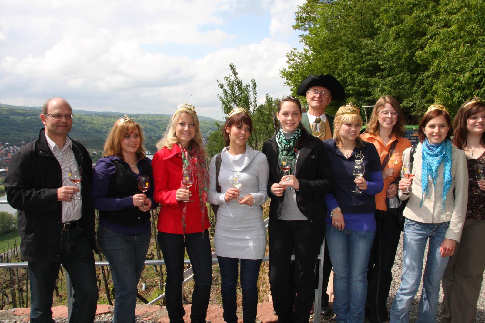 Königlicher Besuch am Erlenbacher Wengertstreppenfest 2010